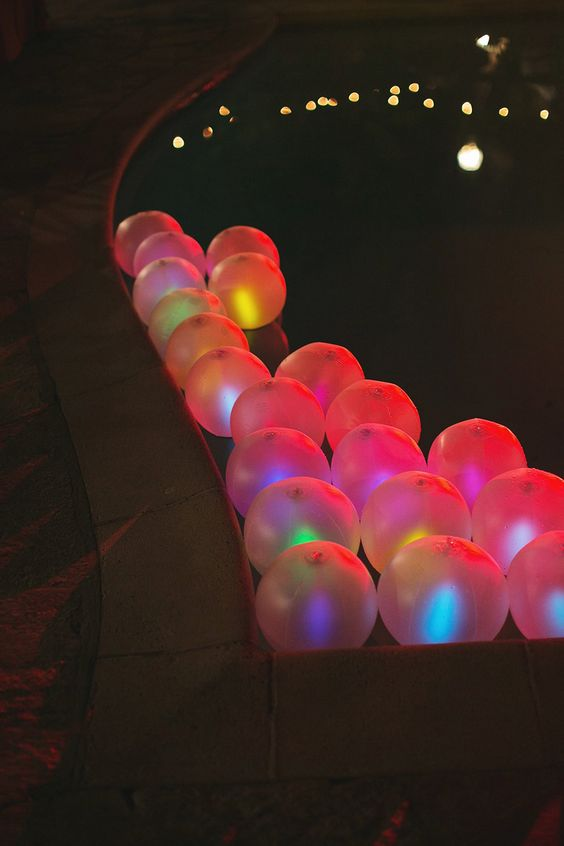 Glow_Beach_Balls_in_Pool