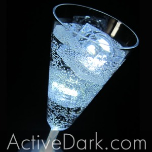 Glowing_Drink_Glow_Bellini
